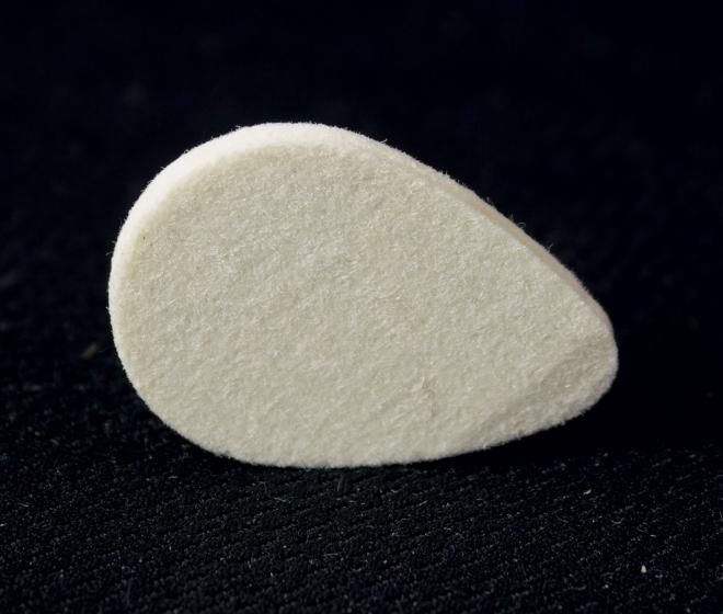 Ukulele Plectrum - Felt Pick - Oval